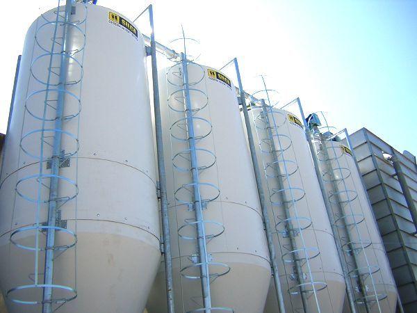 Impianto silos in vetroresina